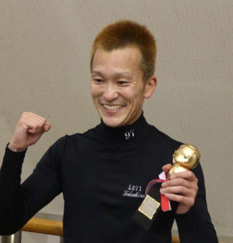 西山貴浩今年3度目2節連続V・松井繁をツケマイで撃破